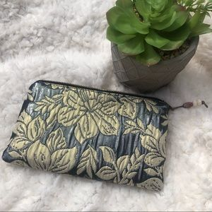 🌼 Anthropologie Patch NYC Cosmetic Bag 🌼